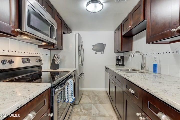 8504 E ROOSEVELT Street, Scottsdale, AZ 85257