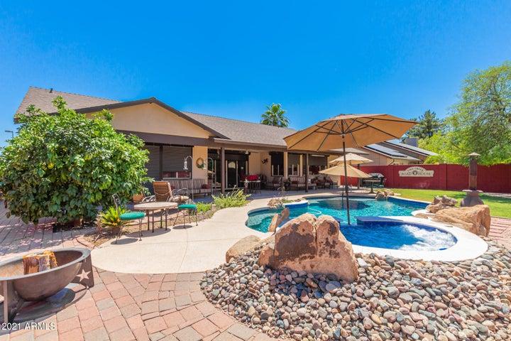 9098 E LUDLOW Drive, Scottsdale, AZ 85260