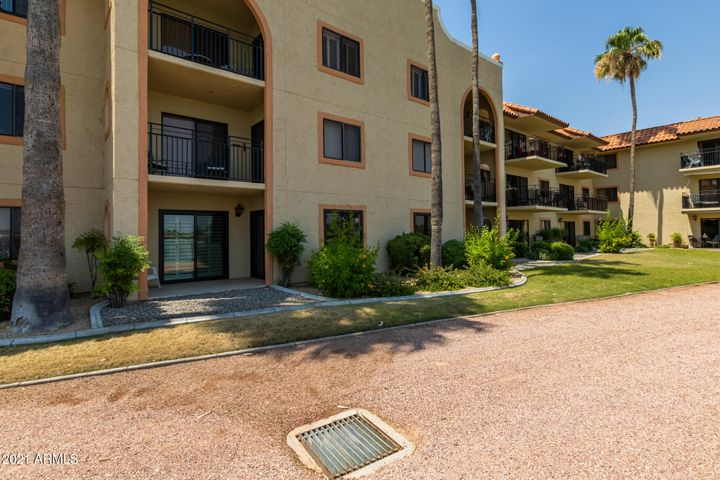 10330 W THUNDERBIRD Boulevard, B115, Sun City, AZ 85351