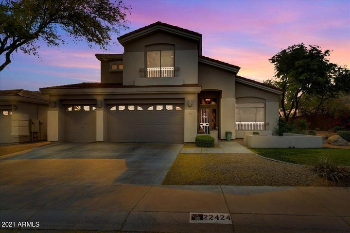 This Desert Ridge home is ready to go, wait till you see the inside!