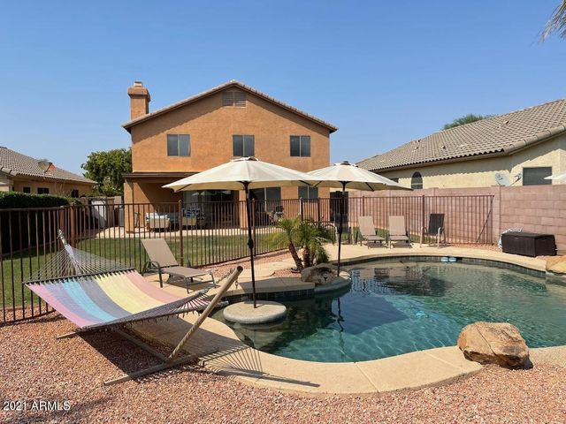 2435 E CIELO GRANDE Avenue, Phoenix, AZ 85024