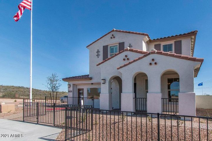 4396 N PIONEER Drive, Litchfield Park, AZ 85340