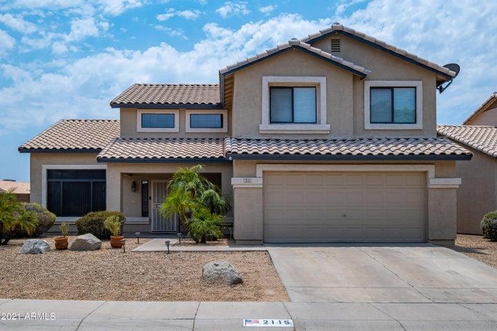 2115 E CIELO GRANDE Avenue, Phoenix, AZ 85024