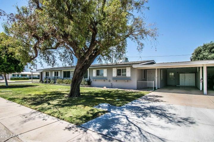 10428 W CLAIR Drive, Sun City, AZ 85351