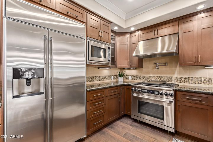 stainless steel Decor appliances with Gas cook top
