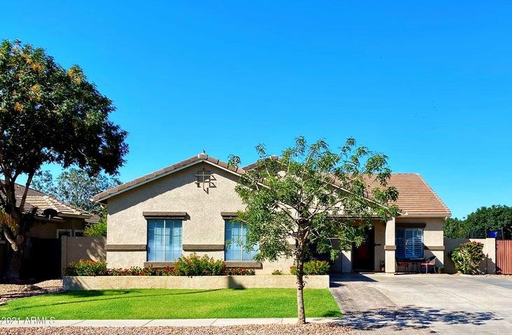 4085 E CLAXTON Avenue, Gilbert, AZ 85297