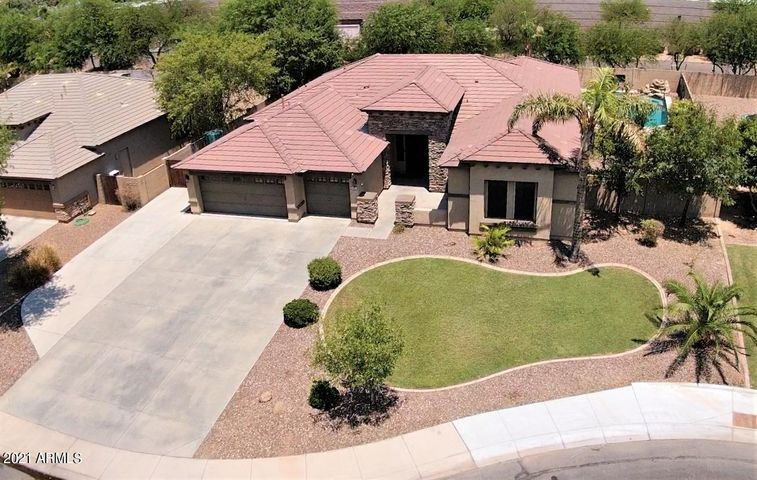 845 N THUNDERBIRD Avenue, Gilbert, AZ 85234