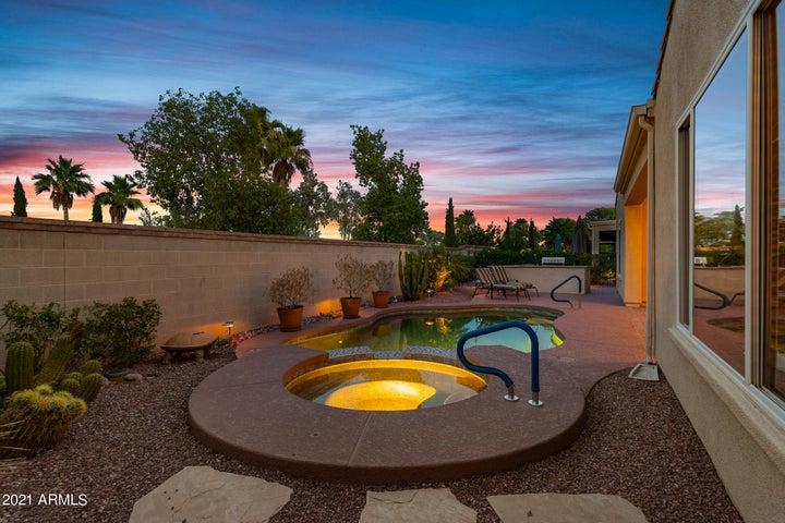 22835 N Los Gatos Drive, Sun City West, AZ 85375