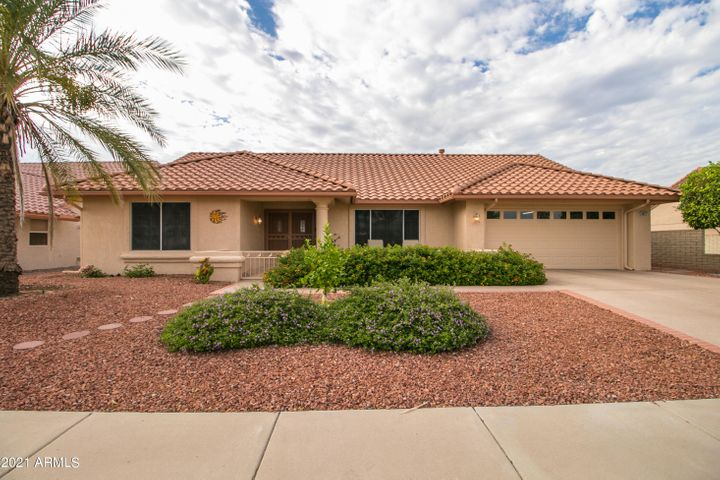 14837 W RAVENSWOOD Drive, Sun City West, AZ 85375