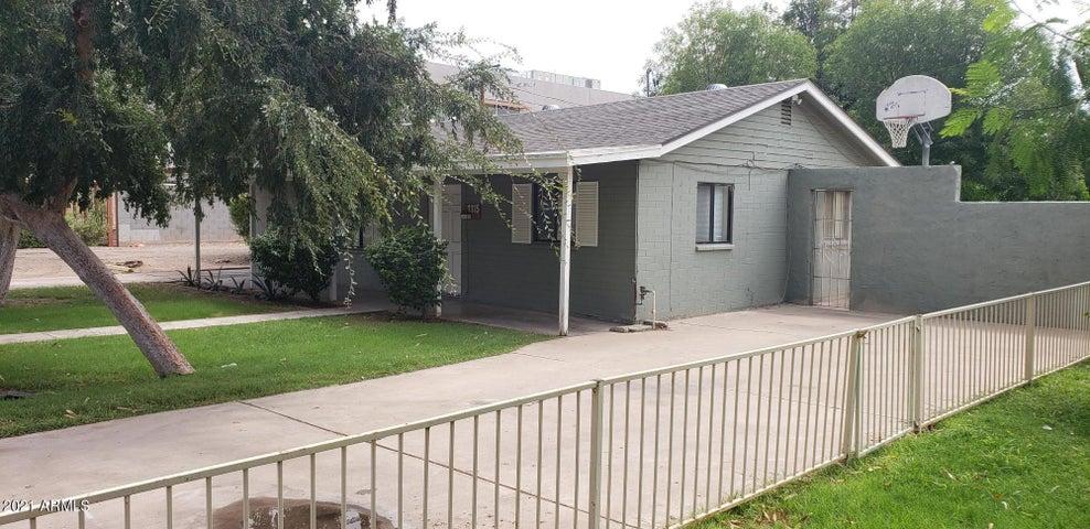 1315 S COLLEGE Avenue, Tempe, AZ 85281