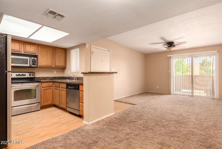 5757 W EUGIE Avenue, 2006, Glendale, AZ 85304