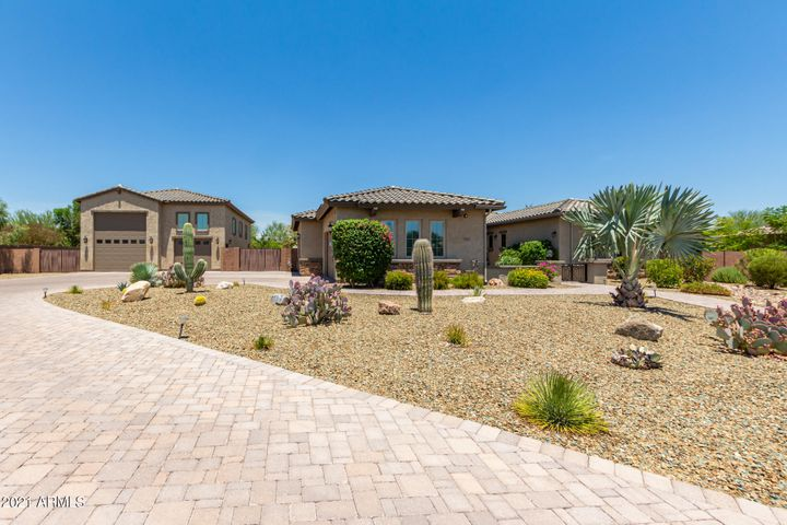 7662 W ARTEMISA Avenue, Peoria, AZ 85383
