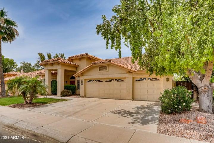 3290 S AMBROSIA Drive, Chandler, AZ 85248