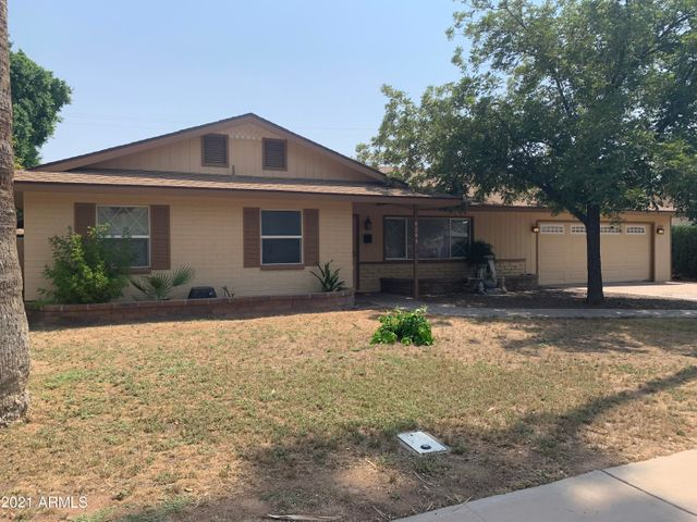 8245 E EDGEMONT Avenue, Scottsdale, AZ 85257