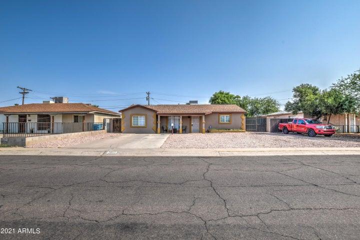 2802 W TURNEY Avenue, Phoenix, AZ 85017