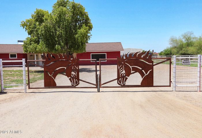 40324 N PRINCE Avenue, San Tan Valley, AZ 85140