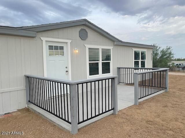 4557 N IRONWOOD Drive, Apache Junction, AZ 85120