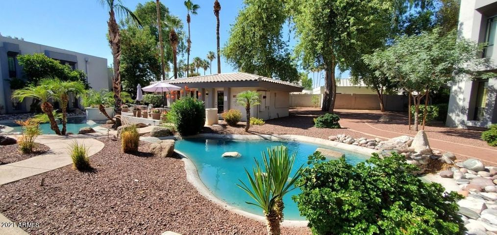 5211 N 24TH Street, 208, Phoenix, AZ 85016