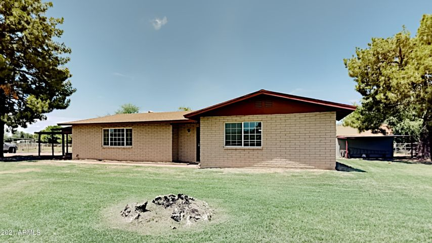 6342 W ELLIS Drive, Laveen, AZ 85339