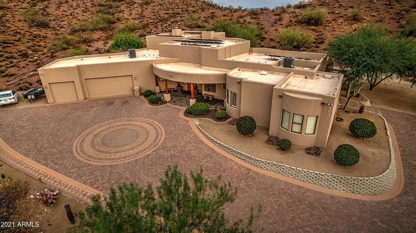 """Your own private """"High Chaparral"""" $166K in Improvements"""