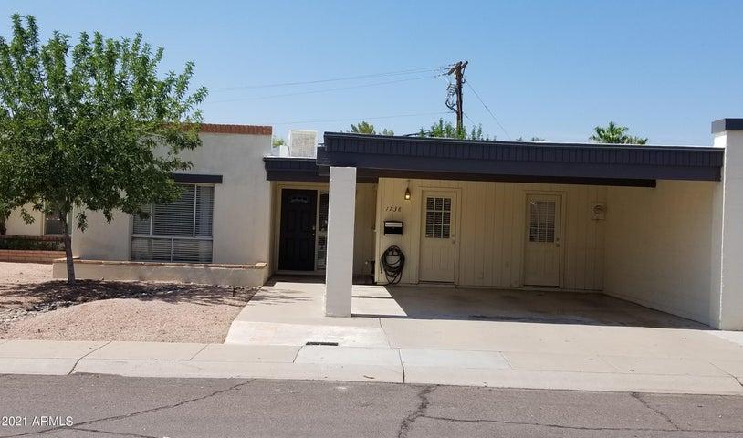 1738 E GAYLON Drive, Tempe, AZ 85282