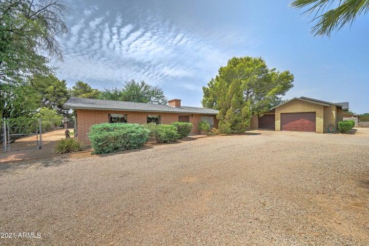 7829 E DAVENPORT Drive, Scottsdale, AZ 85260