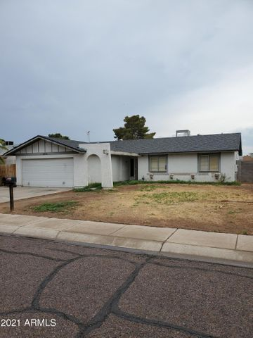 8743 W WELDON Avenue, Phoenix, AZ 85037