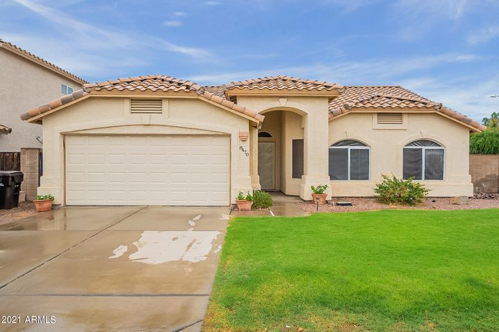 8470 W GROVERS Avenue, Peoria, AZ 85382