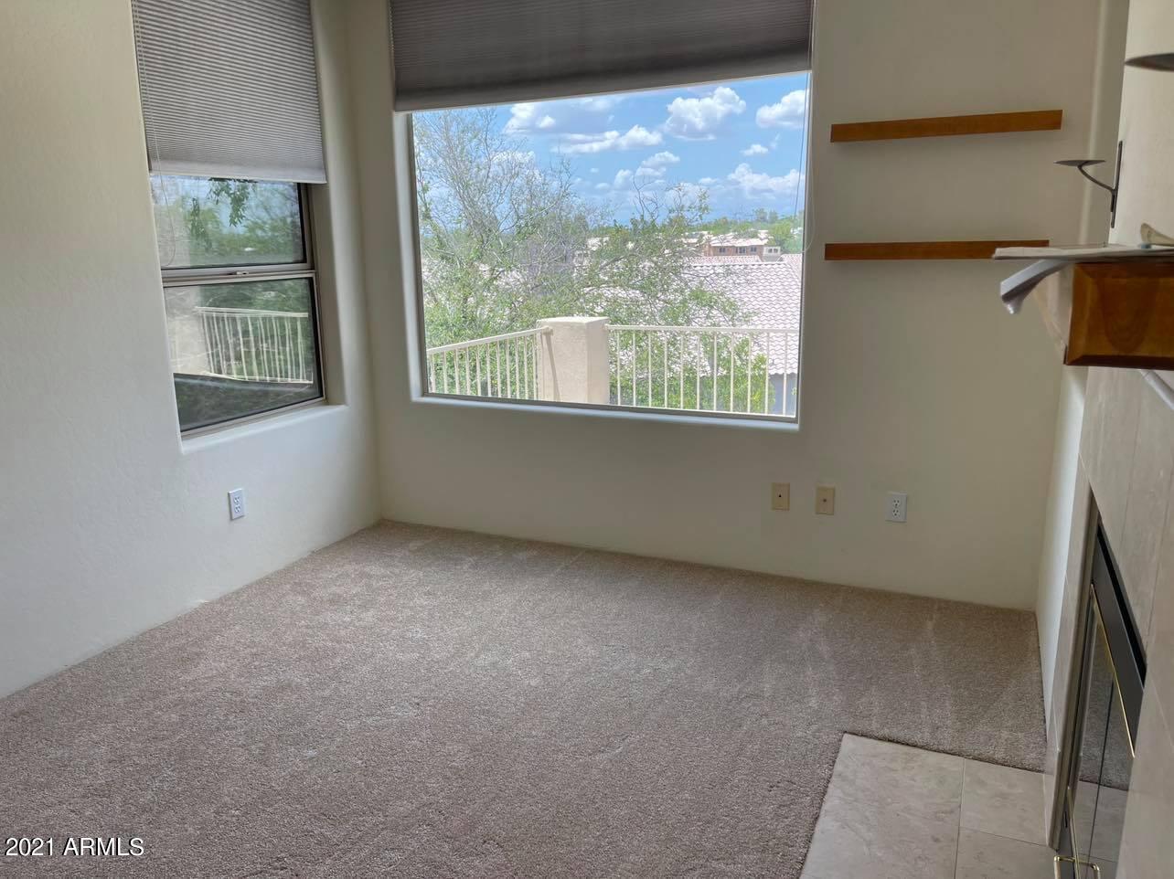 1252 E VOLTAIRE Avenue, Phoenix, AZ 85022