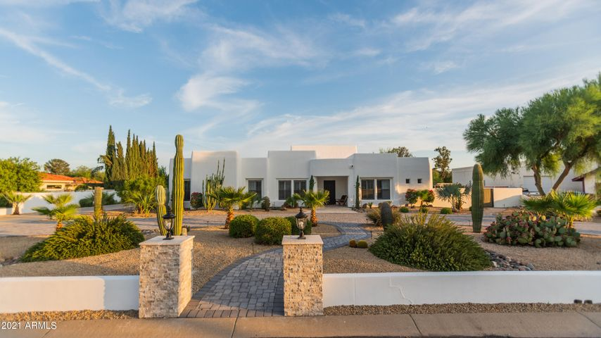 5419 W CREEDANCE Boulevard, Glendale, AZ 85310
