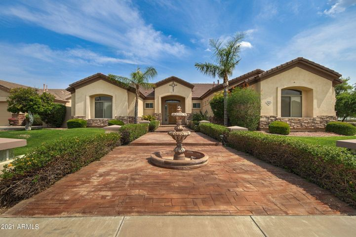 GREAT CURB APPEAL