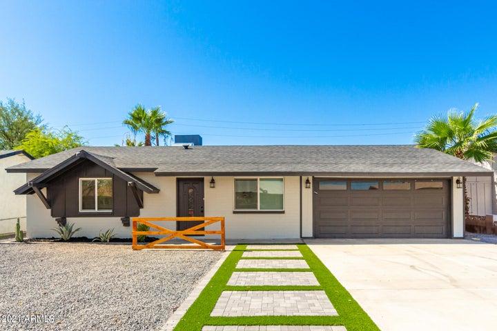 605 E PAPAGO Drive, Tempe, AZ 85281