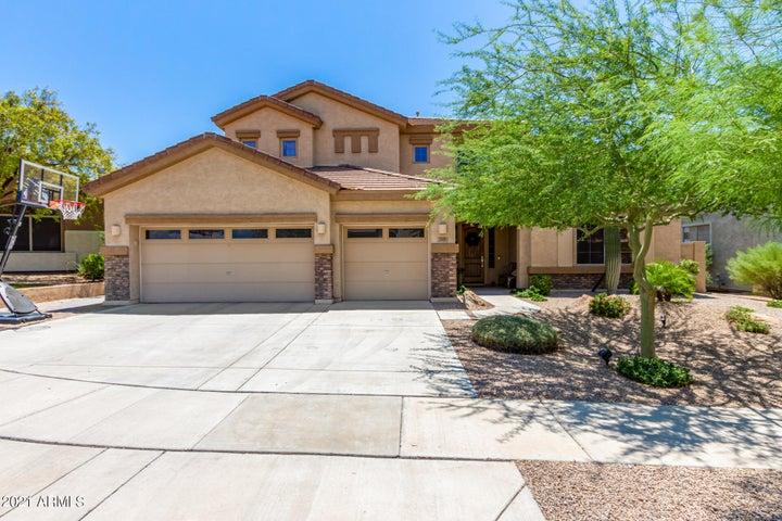 2121 W APACHE RAIN Road, Phoenix, AZ 85085