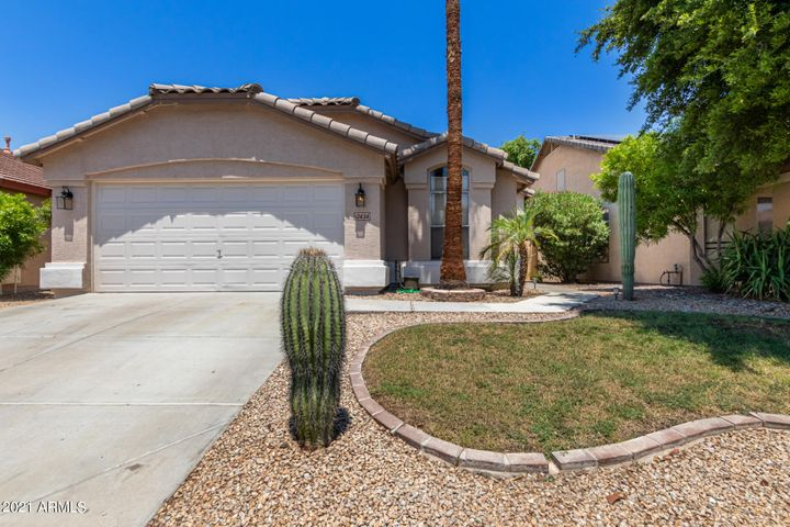12434 W WINDSOR Boulevard, Litchfield Park, AZ 85340