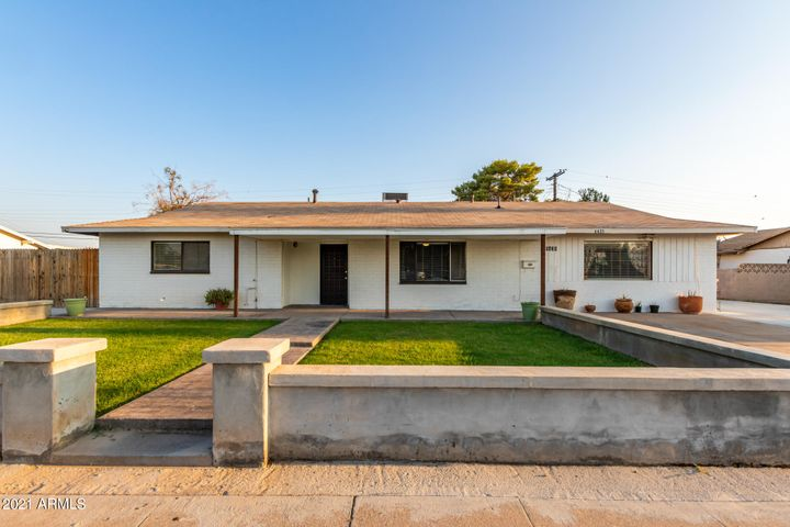 6435 W GEORGIA Avenue, Glendale, AZ 85301
