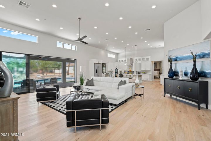 Great room (family room) and kitchen views. Over 1,000sf great room, nearly 45' in length