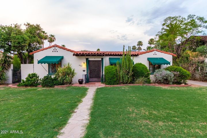 2045 N 11TH Avenue, Phoenix, AZ 85007