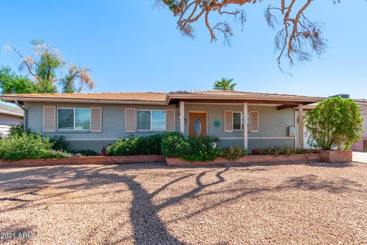 2033 W MONTEBELLO Avenue, Phoenix, AZ 85015