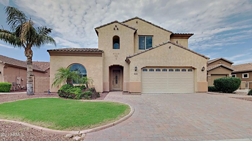 3214 S WILSON Drive, Chandler, AZ 85286