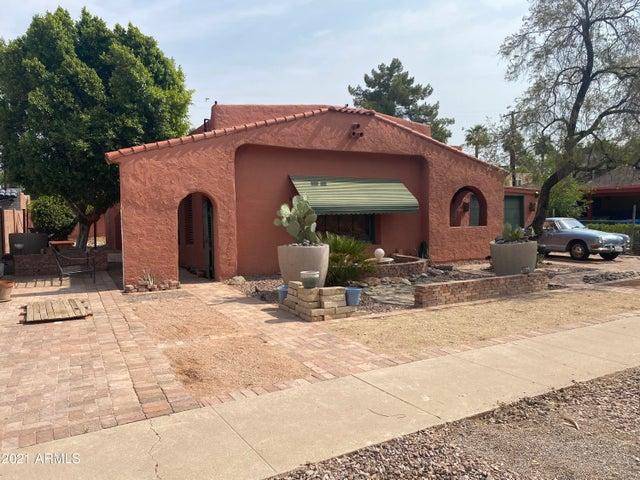 1530 E EARLL Drive, Phoenix, AZ 85014