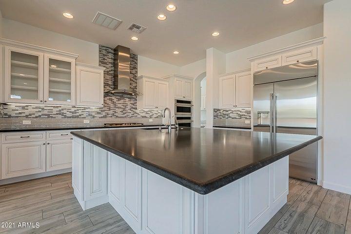 36169 N SERRANO Avenue, Queen Creek, AZ 85140