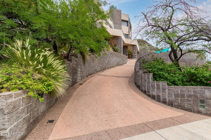 7147 N 23RD Place, Phoenix, AZ 85020