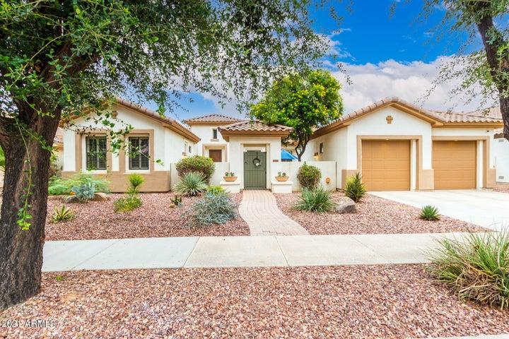 744 W JUNIPER Lane, Litchfield Park, AZ 85340