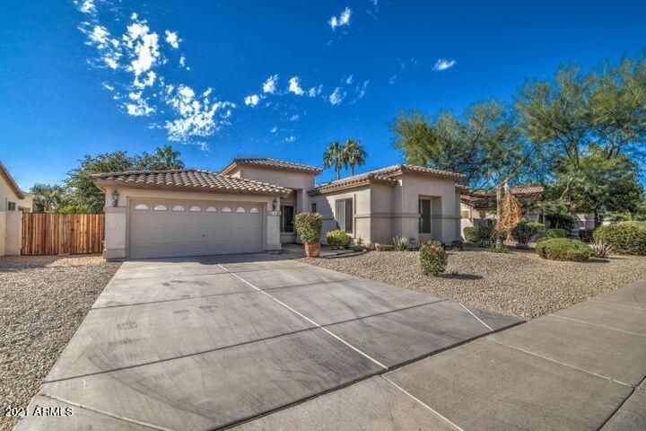 734 S ROANOKE Street, Gilbert, AZ 85296