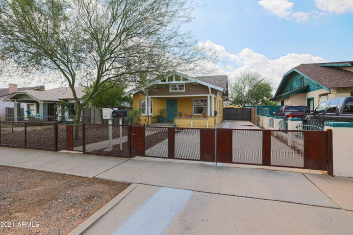 1005 E MORELAND Street, Phoenix, AZ 85006