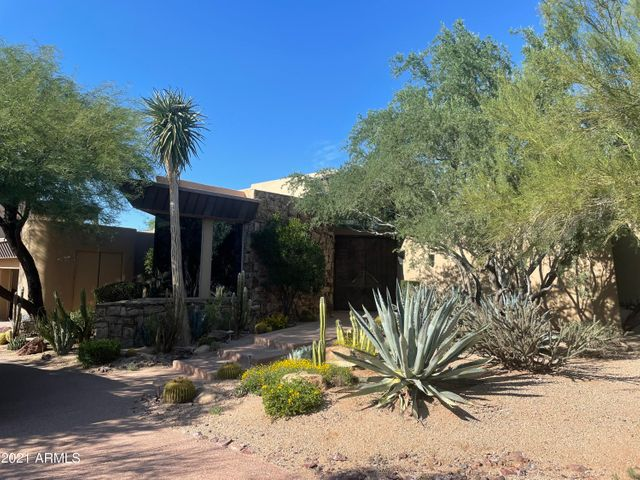 10040 E HAPPY VALLEY Road, 26, Scottsdale, AZ 85255