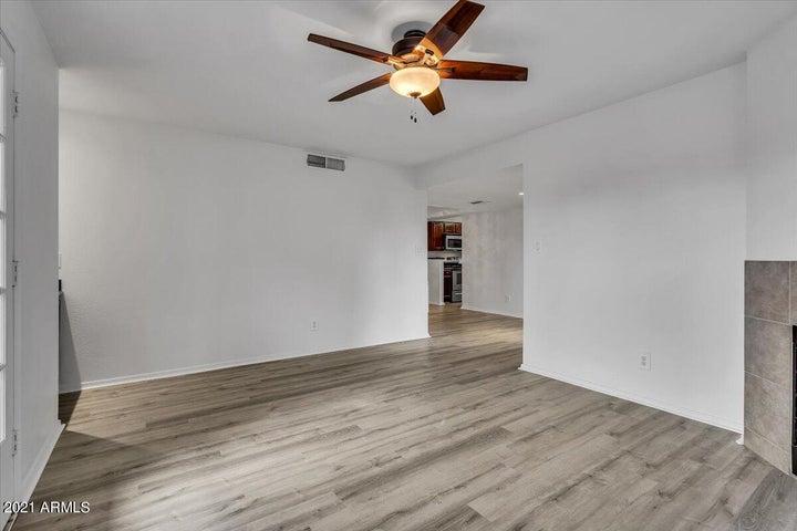 8787 E MOUNTAIN VIEW Road E, 2128, Scottsdale, AZ 85258