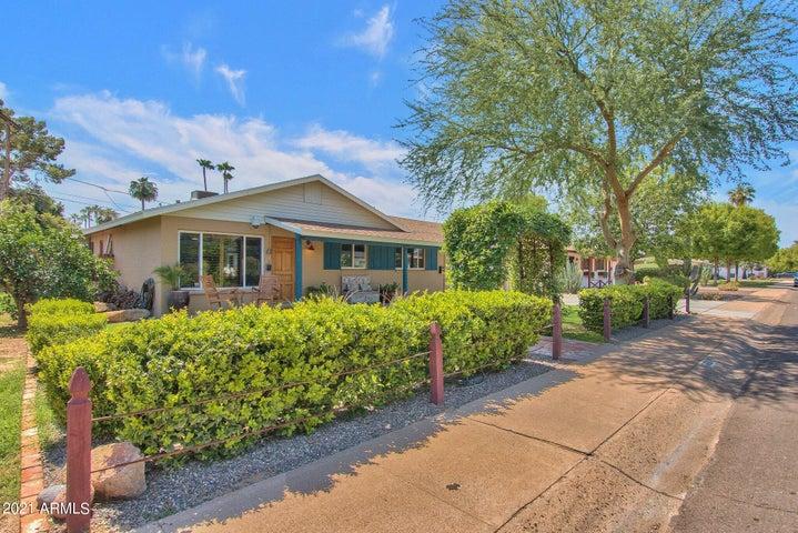 6621 E 4TH Street, Scottsdale, AZ 85251