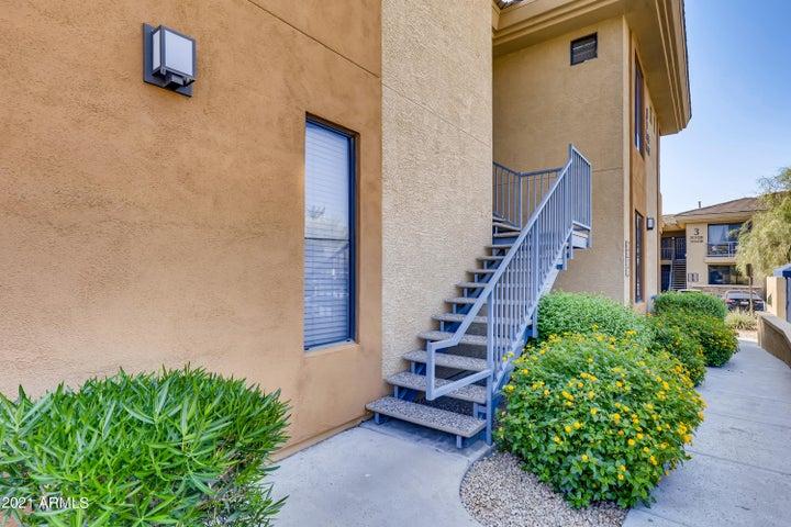6900 E PRINCESS Drive, 2121, Phoenix, AZ 85054