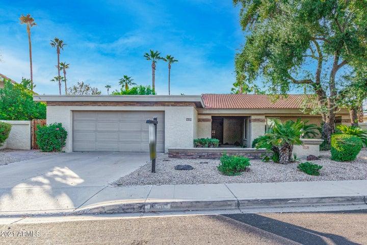 8630 N FARVIEW Drive, Scottsdale, AZ 85258